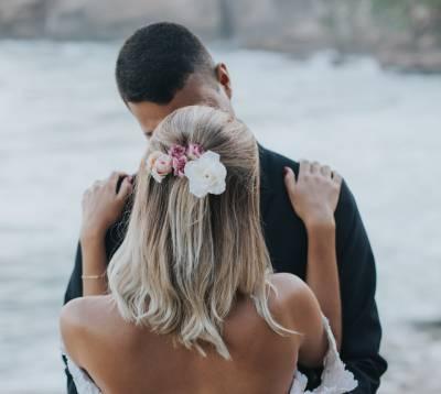 svatební účes mikádo